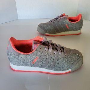 Q16188 Adidas Samoa Women's Size 6